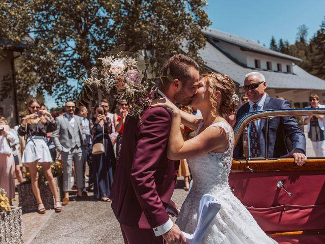 Le mariage de Gauthier et Laetitia à Saint-Sixt, Haute-Savoie 12