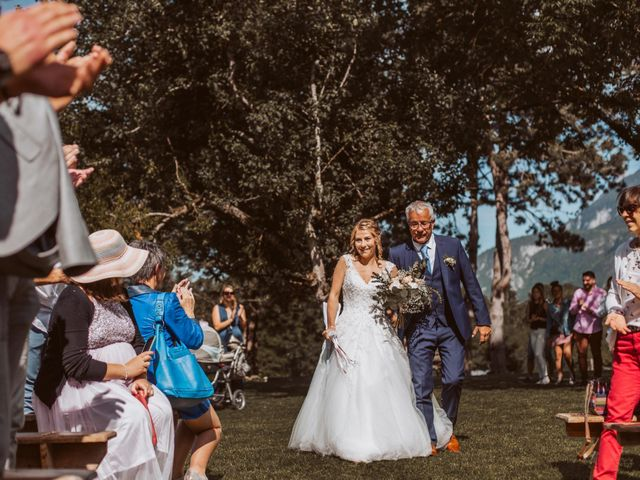 Le mariage de Gauthier et Laetitia à Saint-Sixt, Haute-Savoie 31