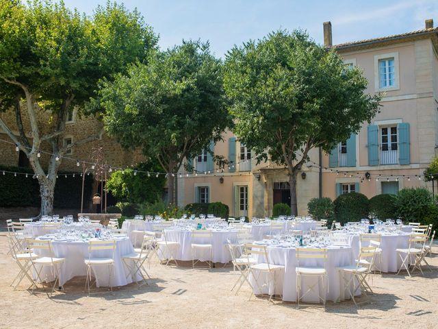 Le mariage de Julien et Julie à Sorgues, Vaucluse 3