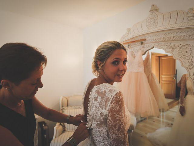 Le mariage de Alex et Julie à Saint-Gènes-de-Castillon, Gironde 6