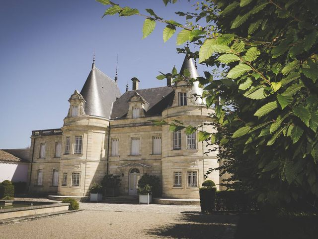 Le mariage de Alex et Julie à Saint-Gènes-de-Castillon, Gironde 17