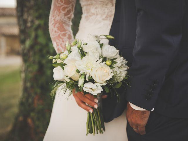 Le mariage de Alex et Julie à Saint-Gènes-de-Castillon, Gironde 36