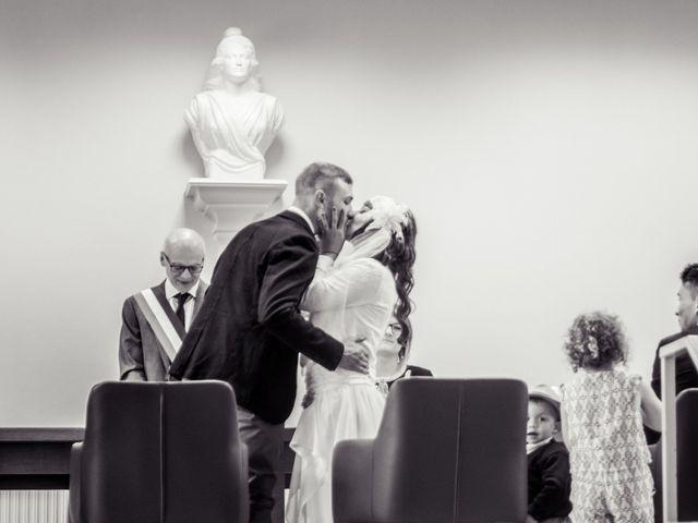 Le mariage de Simon et Noémie à Bouvesse-Quirieu, Isère 3
