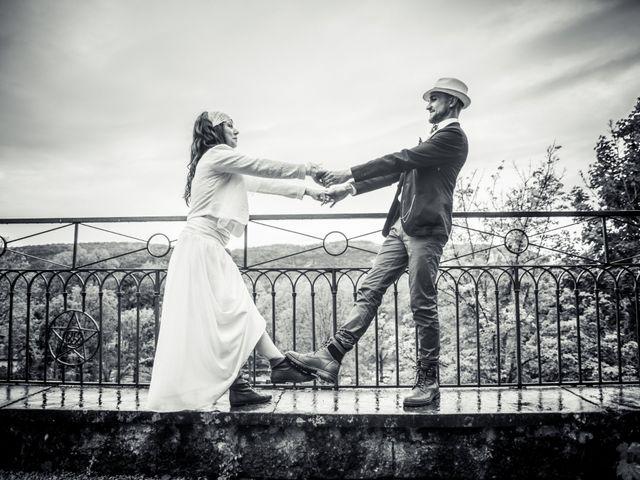 Le mariage de Simon et Noémie à Bouvesse-Quirieu, Isère 5
