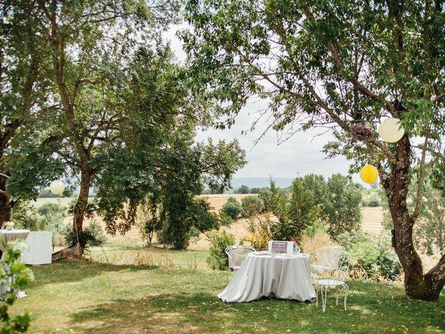 Le mariage de Olivier et Marie-Cécile à Saint-Germain-des-Prés, Tarn 21