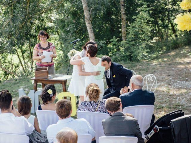 Le mariage de Olivier et Marie-Cécile à Saint-Germain-des-Prés, Tarn 72