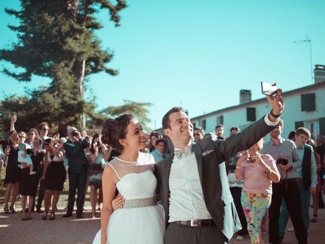 Le mariage de Benjamin et Samia à Saintes, Charente Maritime 1