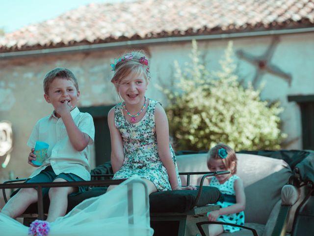 Le mariage de Benjamin et Samia à Saintes, Charente Maritime 2