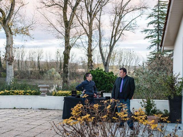 Le mariage de Fabien et Yannick à Sauveterre-de-Guyenne, Gironde 37