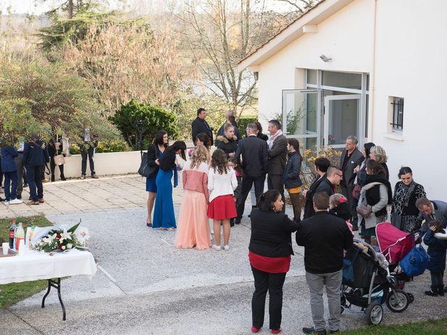 Le mariage de Fabien et Yannick à Sauveterre-de-Guyenne, Gironde 46