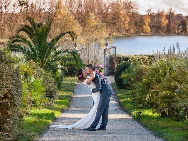 Le mariage de Fabien et Yannick à Sauveterre-de-Guyenne, Gironde 56