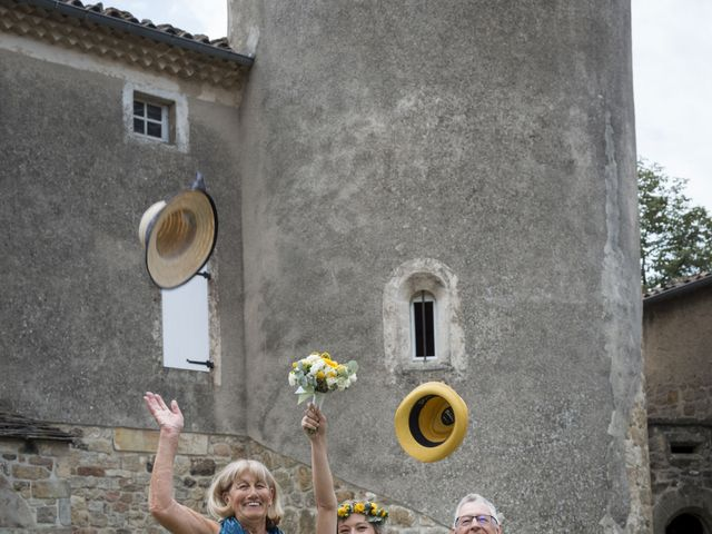 Le mariage de Vincent et Emilie à Lyas, Ardèche 44