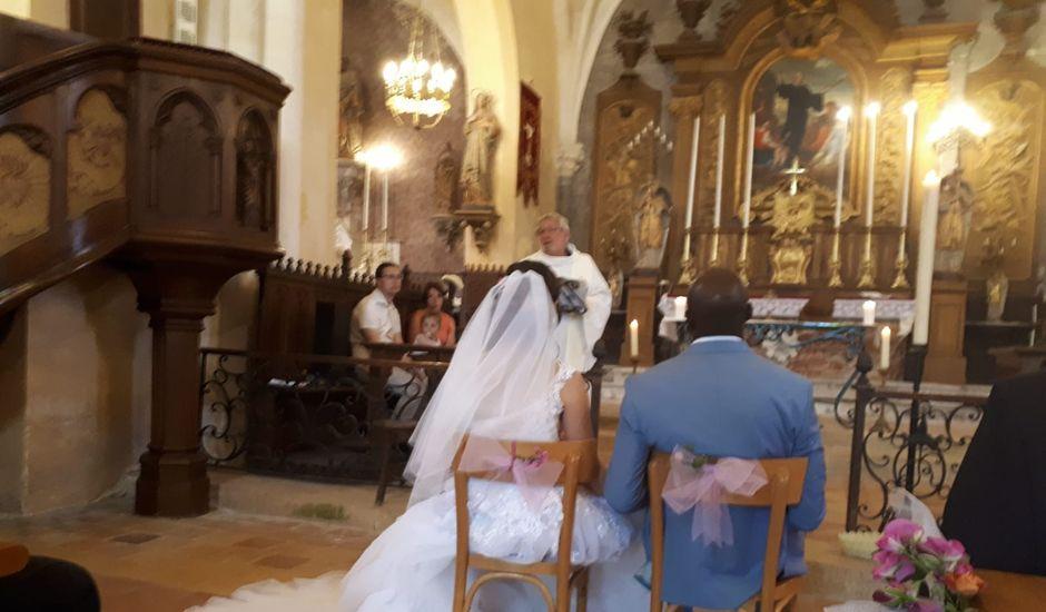 Le mariage de Yassinthe  et Elise à Cubzac-les-Ponts, Gironde