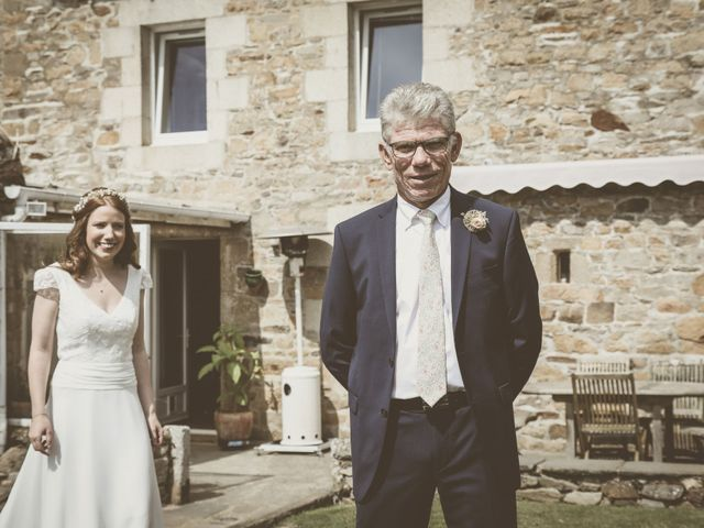 Le mariage de Alexandre et Estelle à Plourivo, Côtes d'Armor 27
