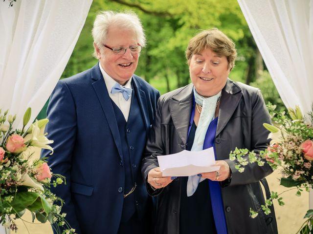 Le mariage de Christopher et Adeline à La Ville-du-Bois, Essonne 43