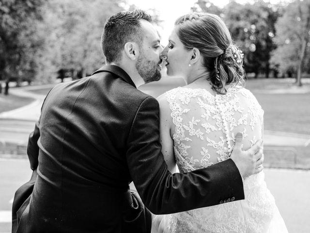 Le mariage de Christopher et Adeline à La Ville-du-Bois, Essonne 90