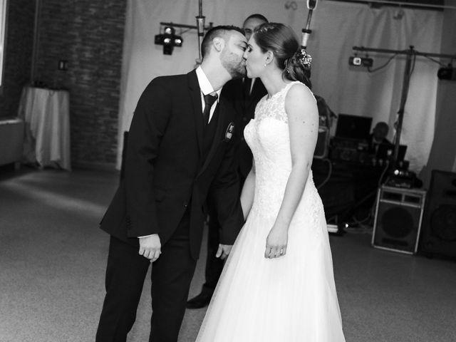 Le mariage de Christopher et Adeline à La Ville-du-Bois, Essonne 93
