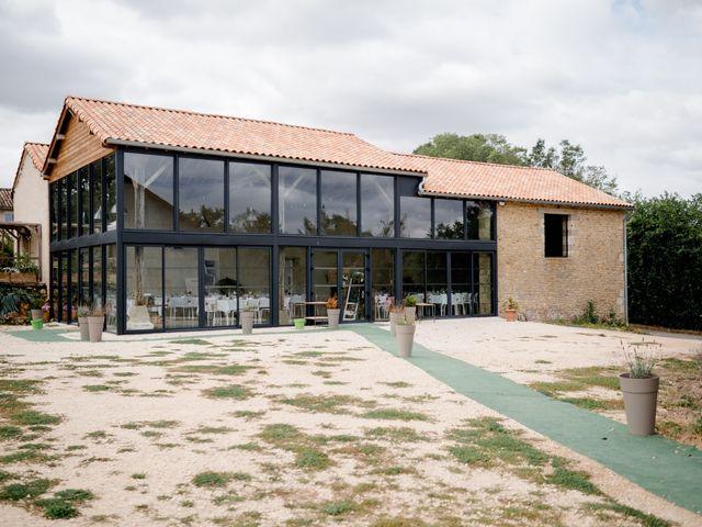Le mariage de Mathieu et Angélique à Anché, Indre-et-Loire 1