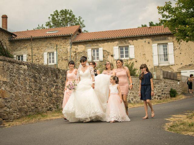 Le mariage de Greg et Laura à Loudes, Haute-Loire 2