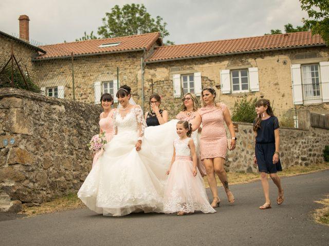Le mariage de Greg et Laura à Loudes, Haute-Loire 3