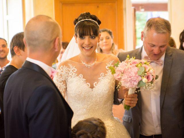 Le mariage de Greg et Laura à Loudes, Haute-Loire 6