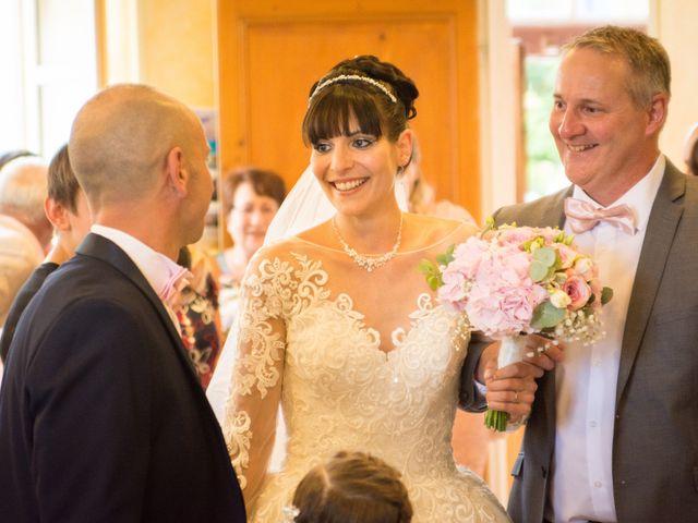Le mariage de Greg et Laura à Loudes, Haute-Loire 7