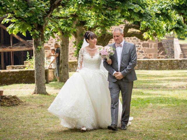 Le mariage de Greg et Laura à Loudes, Haute-Loire 12