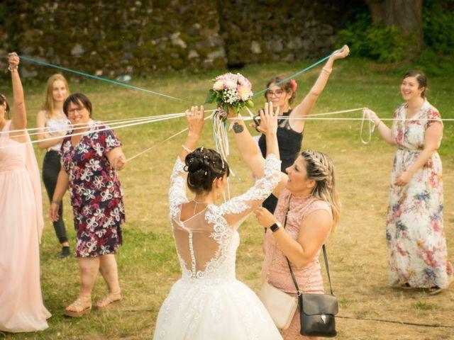 Le mariage de Greg et Laura à Loudes, Haute-Loire 61
