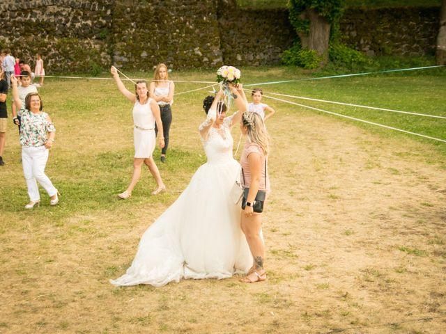 Le mariage de Greg et Laura à Loudes, Haute-Loire 62