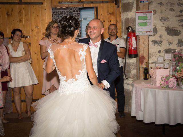 Le mariage de Greg et Laura à Loudes, Haute-Loire 76
