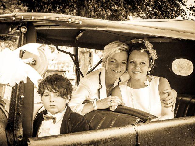 Le mariage de Amélie et Carine à Romillé, Ille et Vilaine 19