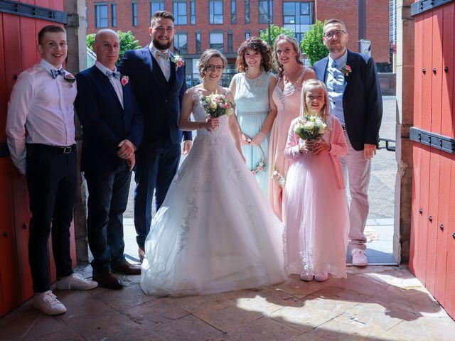 Le mariage de Joris et Wendy à Déville-lès-Rouen, Seine-Maritime 32