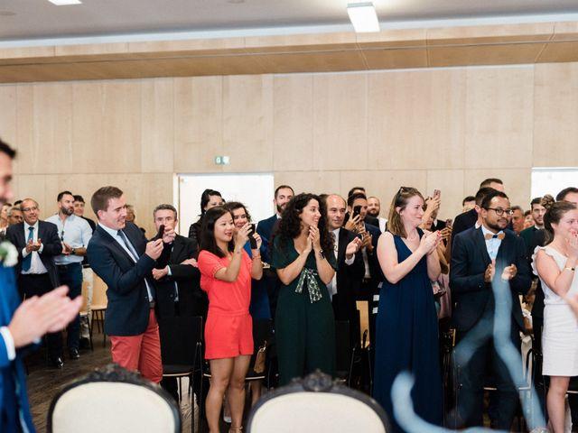 Le mariage de Mickael et Marion à Lignan-de-Bordeaux, Gironde 56