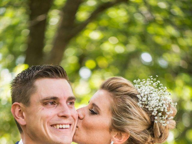 Le mariage de Julien et Camille à Revel, Haute-Garonne 30