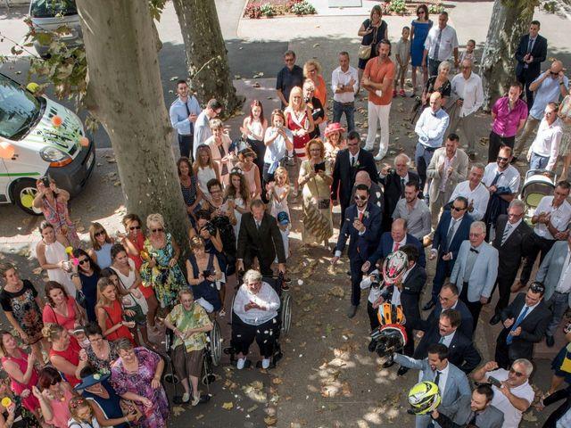 Le mariage de Julien et Camille à Revel, Haute-Garonne 38