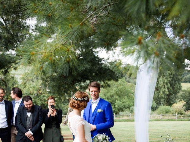 Le mariage de Aymeric et Julie à Saint-Cyr-la-Rosière, Orne 59