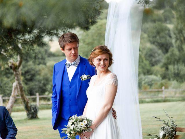 Le mariage de Aymeric et Julie à Saint-Cyr-la-Rosière, Orne 63