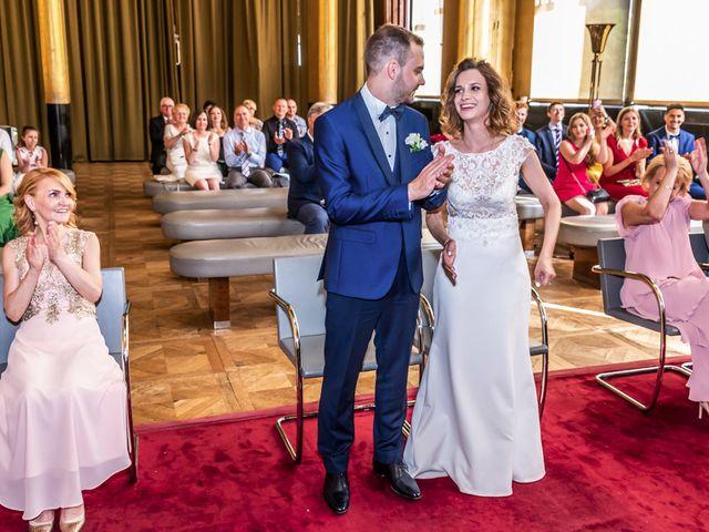 Le mariage de Kevin et Viki à Paris, Paris 19