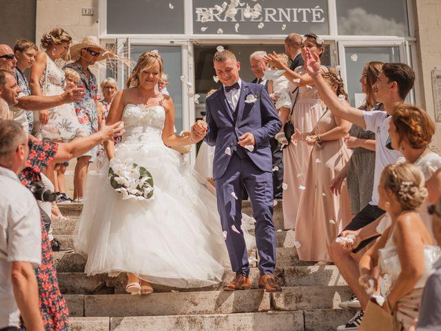 Le mariage de Remy et Laura à Allan, Drôme 14