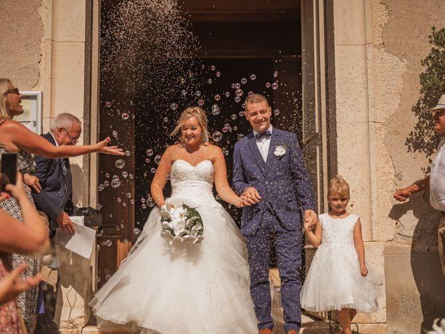 Le mariage de Remy et Laura à Allan, Drôme 20