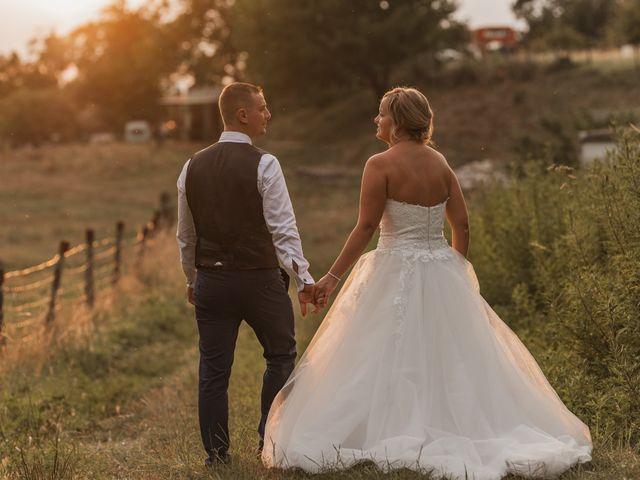Le mariage de Remy et Laura à Allan, Drôme 38
