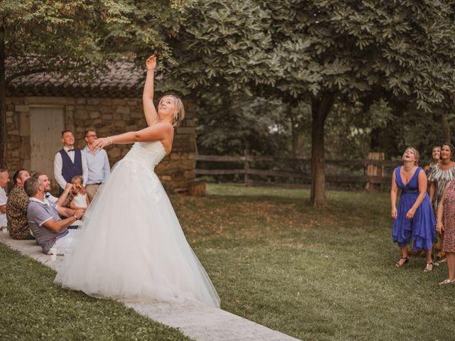 Le mariage de Remy et Laura à Allan, Drôme 43