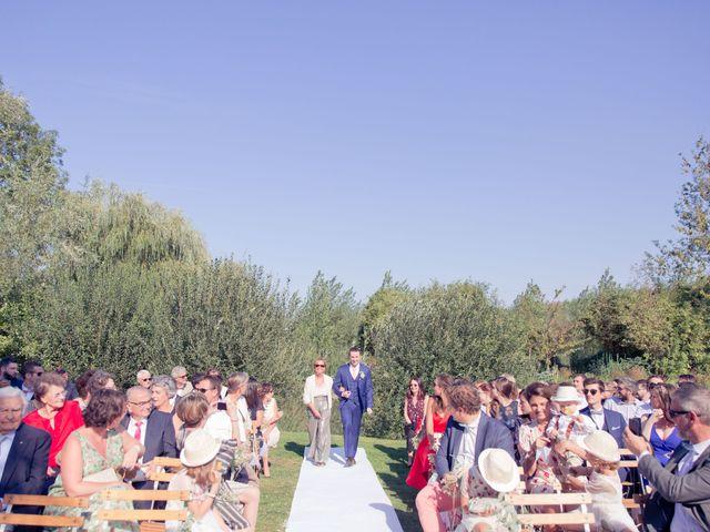 Le mariage de Axel et Perrine à Compiègne, Oise 16