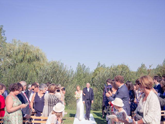 Le mariage de Axel et Perrine à Compiègne, Oise 17