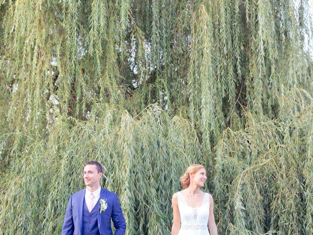 Le mariage de Axel et Perrine à Compiègne, Oise 37
