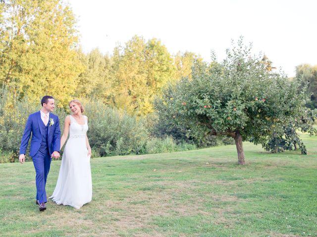 Le mariage de Axel et Perrine à Compiègne, Oise 39