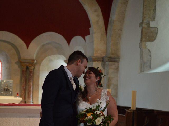 Le mariage de Stéphanie et Florent à Lantignié, Rhône 13