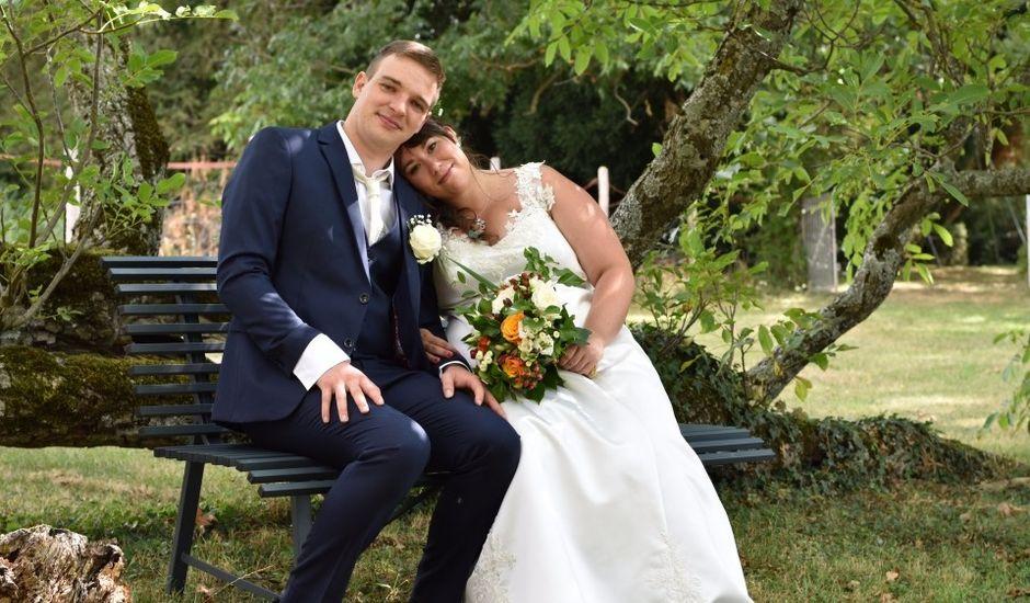 Le mariage de Stéphanie et Florent à Lantignié, Rhône