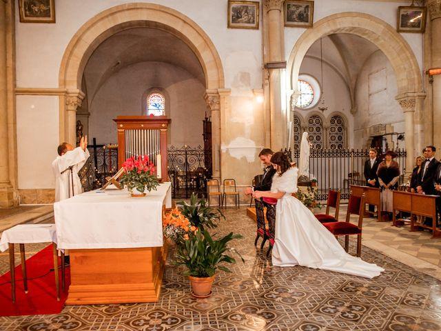 Le mariage de Russell et Verity à Saint-Martory, Haute-Garonne 30