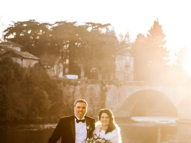 Le mariage de Russell et Verity à Saint-Martory, Haute-Garonne 35